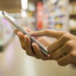 Смартфоните стануваат бр.1 уред за онлајн шопинг во САД