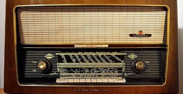Денес е Светскиот ден на радиото