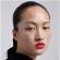 """Зара"" ги налути кинезите поради ""расистичка"" реклама"
